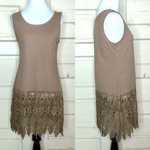 Pretty Angel Crocheted Hem Tunic Top - S/M
